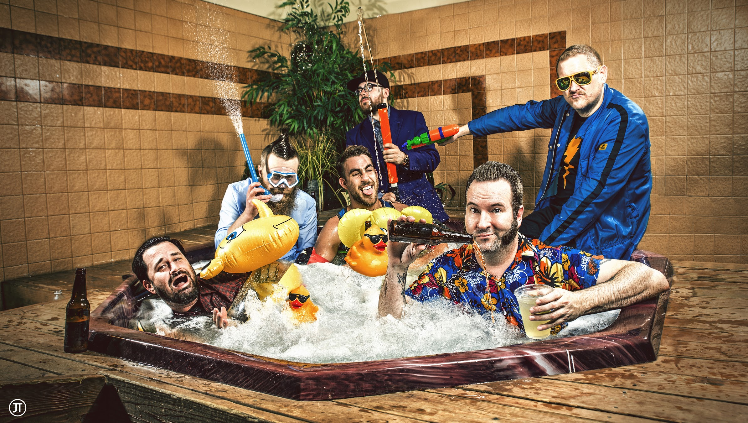 Reel big fish live in bangkok awygirls for Reel big fish